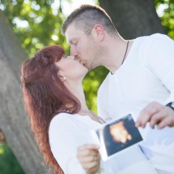 Schwangerschaft, Bildideen, Sonne, Abendsonne, Schwanger, Glauchau, Niederlungwitz, Fotograf, Kuss, Ultraschall Foto